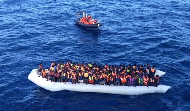 Akdeniz'de 606 göçmen kurtarıldı