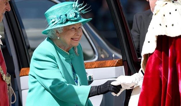 İngiltere'de 100 milyon sterlinlik 'yüzen saray' tartışmaları