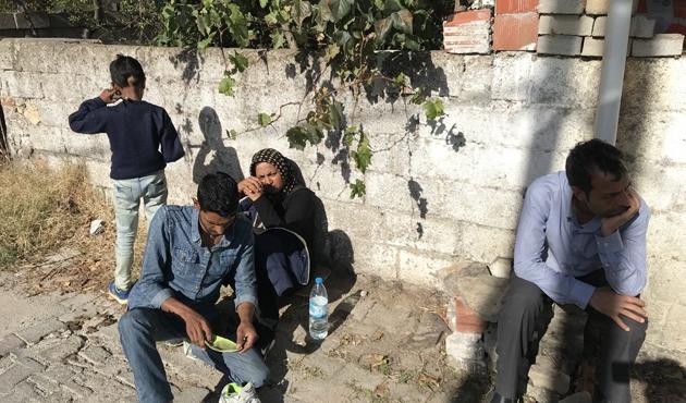 Van'da kamyonette 42 göçmen yakalandı