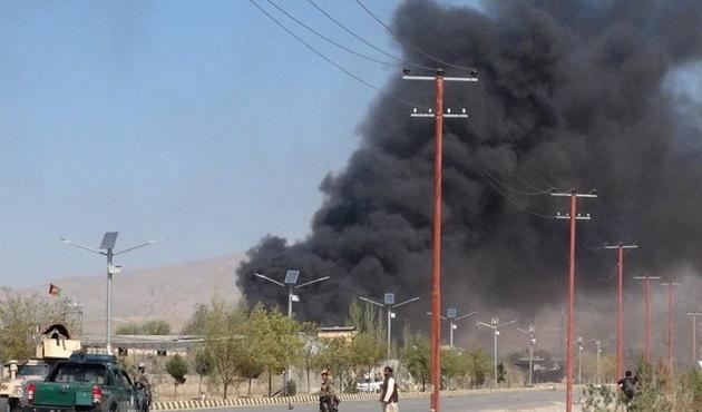 Afganistan'da emniyet müdürlüğüne saldırı, 61 ölü