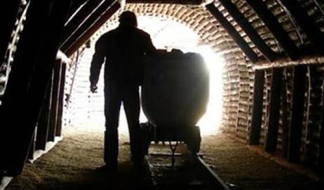 Şırnak'ta kömür ocağı göçtü
