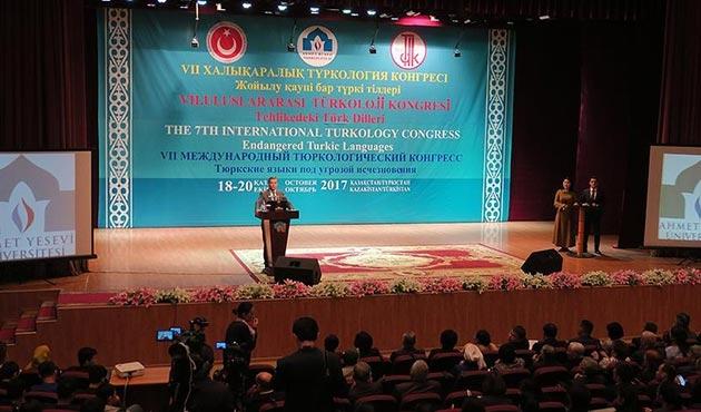 Kazakistan'daki 7. Uluslararası Türkoloji Kongresi sona erdi