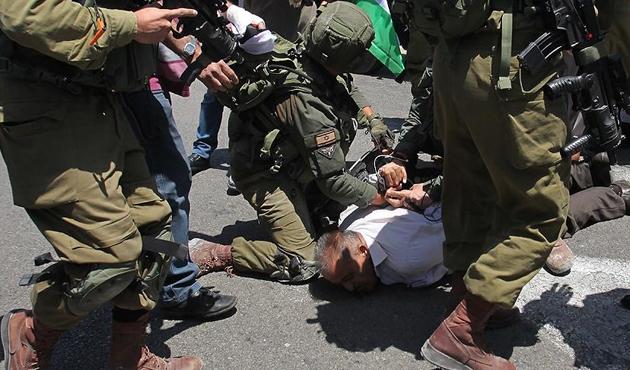İşgal polisi Doğu Kudüs'te 51 Filistinliyi gözaltına aldı