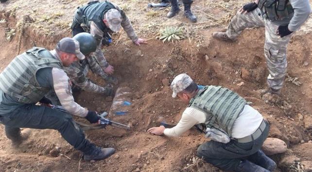 PKK'lıların sığınağında 150 kilo patlayıcı madde bulundu