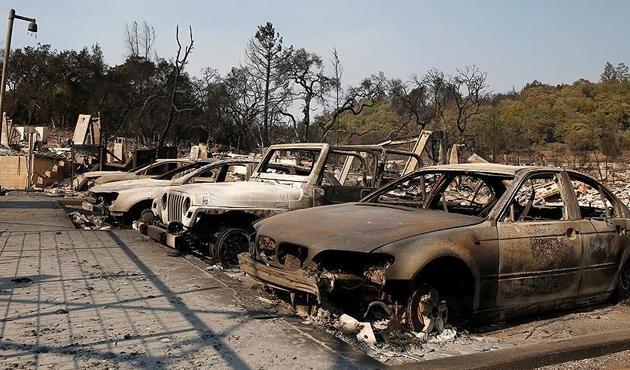 California'daki yangının ABD'ye bilançosu ağır