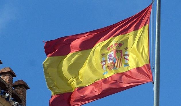 İspanya 'Katalonya'ya karşı harekete geçiyor