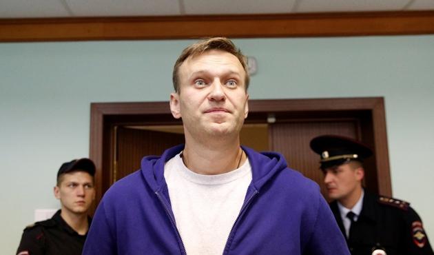 Rusya'da muhalif Navalnıy hapisten çıktı