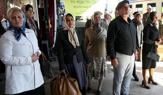 Balkan göçmenleri, Sirkeci Garı'nda bir araya geldi