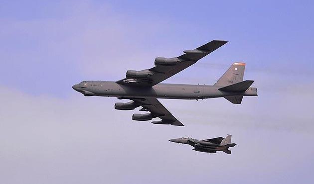 ABD 'nükleer' kapasiteli B-52 bombardıman uçaklarını harekete geçiriyor