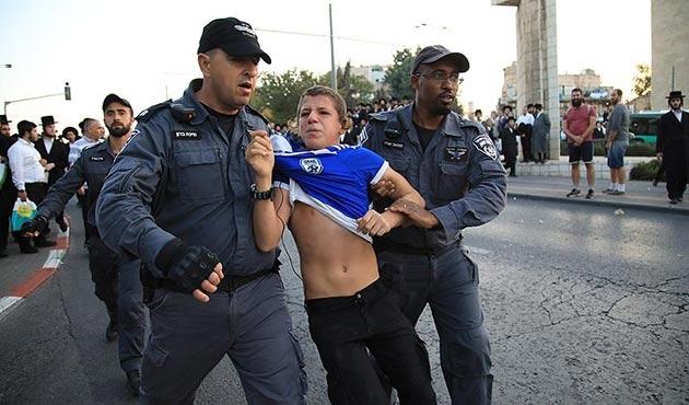 İsrail'de Haredi Yahudiler'den askerlik karşıtı gösteri: 11 gözaltı