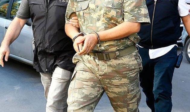 Jandarma komutanı FETÖ'den gözaltına alındı