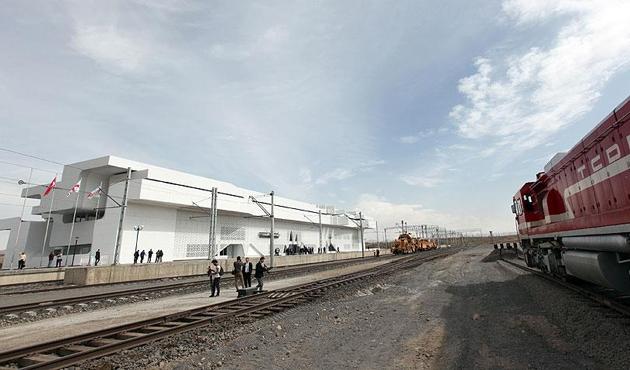Demir İpek Yolu'nda yıllık 50 milyon ton yük taşınacak