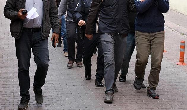 6 ilde FETÖ'ye yönelik operasyonda 19 gözaltı