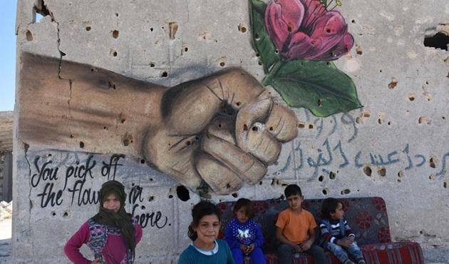 Ortadoğu'ya çıkış kapısı Azez, savaşın izlerini siliyor
