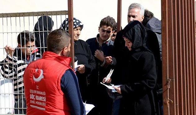 'Fırat Kalkanı' sonrası Suriye'ye dönüşler sürüyor