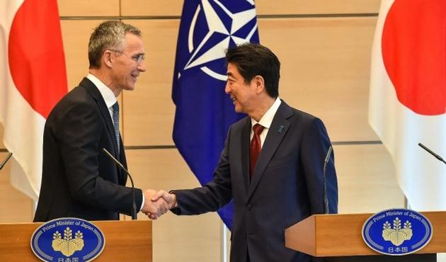 NATO Genel Sekreteri Stoltenberg, Japonya'da Abe ile görüştü