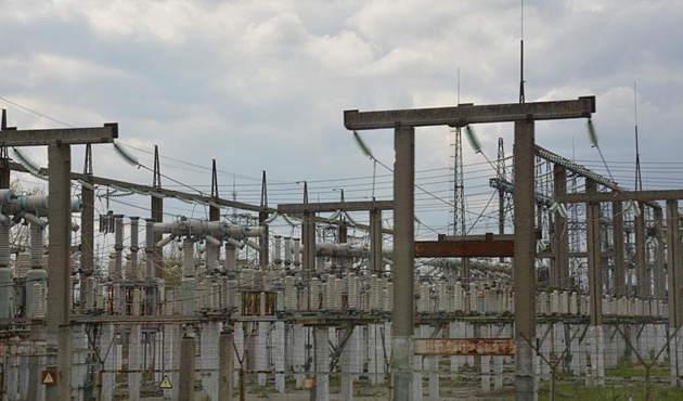 Hindistan'da elektrik santralinde kaza: 8 ölü, 100 yaralı