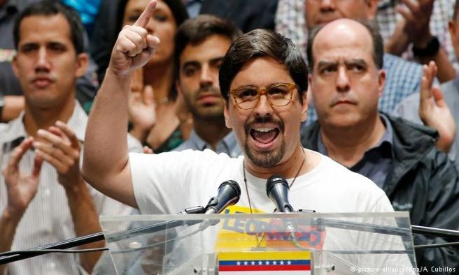 Venezuela'da muhalif Guevara, Şili Büyükelçiliğine sığındı