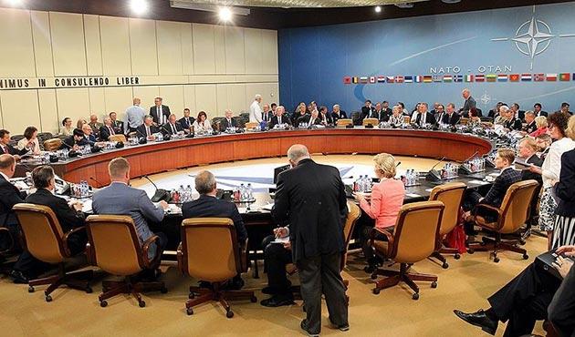 NATO savunma bakanları Brüksel'de toplanıyor