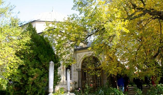 Kosova'daki Sultan Murad türbesine yoğun ilgi