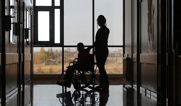 Türkiye'de 27 bin 592 kişi organ nakli bekliyor