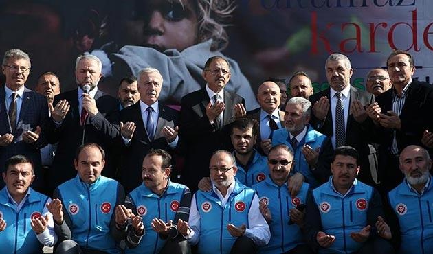 Kayseri'den Halep'e 10 yardım tırı