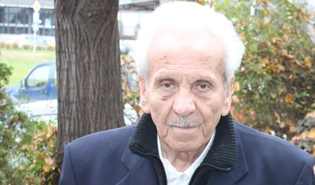 Makedonyalı yazar Esad Bayram vefat etti