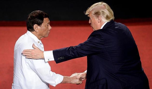 Merakla beklenen Trump-Duterte görüşmesi gerçekleşti