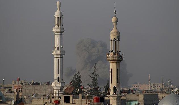 Esed rejimi Doğu Guta'da sivilleri hedef alıyor | VİDEO