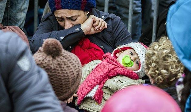 AB, Türkiye'ye sığınmacılarla ilgili sözünü tutmamaya devam ediyor