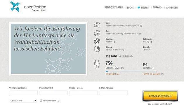Frankfurt'ta 'Türkçe dersi' için imza kampanyası