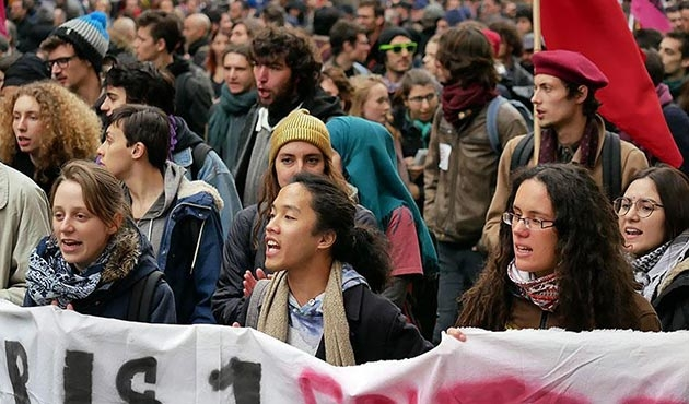 Fransa'da Çalışma Yasası Reformu protestosu