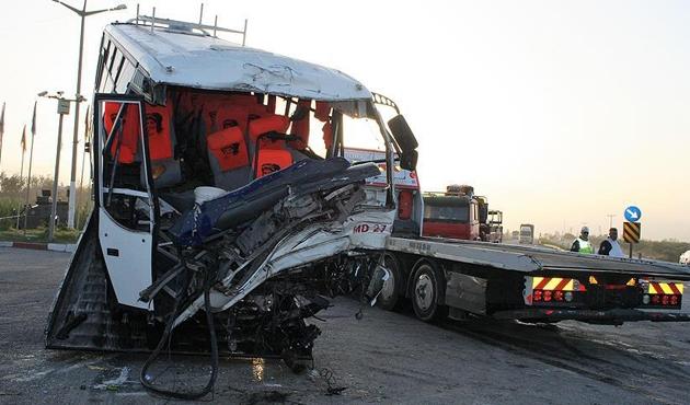 Hatay'da yaşanan zincirleme trafik kazasında 19 yaralı