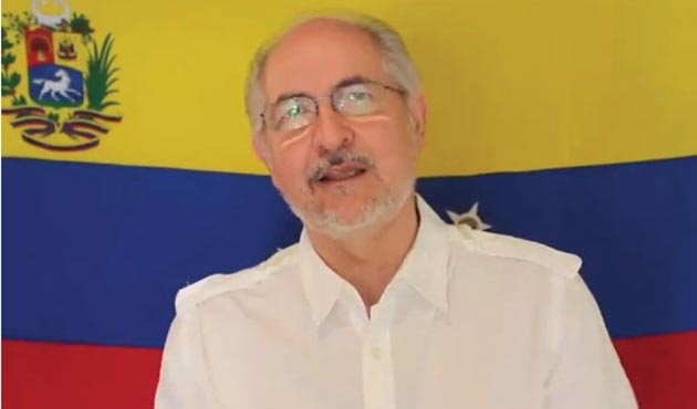 Venezuela'da ev hapsindeki muhalif lider Kolombiya'ya kaçtı