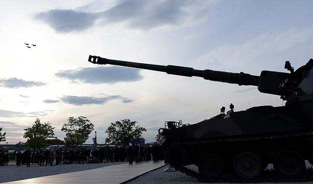 Alman basınının 'Leopard' iddiasına Bakan Çavuşoğlu'ndan cevap