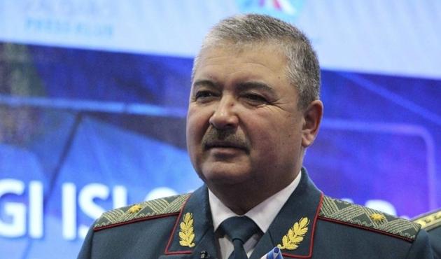 Özbekistan Savunma Bakanı Azerbaycan'da