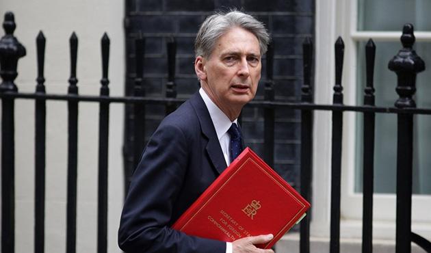 İngiltere Maliye Bakanı Hammond 2018'den umutlu