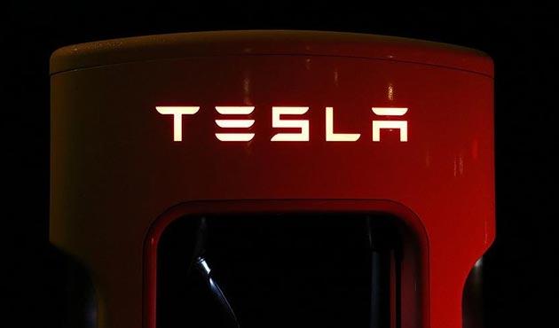 Tesla'dan 'dünyanın en büyük pili'