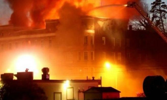 Batum'da otel yangını: 11 ölü