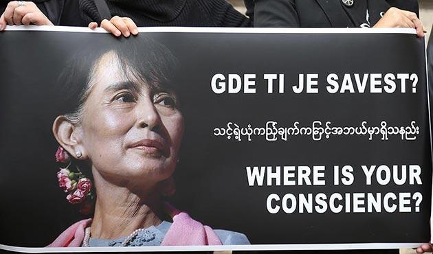 Aung San Suu Çi, İslam düşmanlığında Trump, Le Pen ve Wilders'i geçti