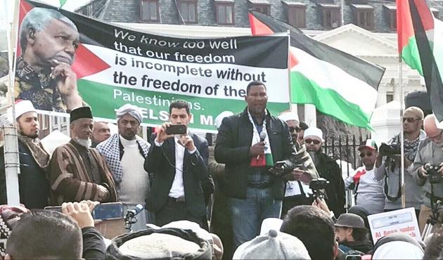 Abbas, Mandela'nın torununu kabul etti