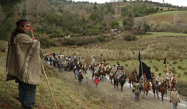 Arjantin'de polisle Mapuçeler arasında çatışma