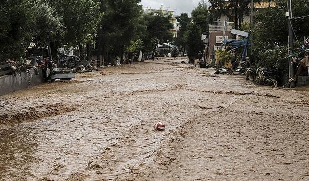 Yunanistan'daki selde ölü sayısı 22'ye yükseldi