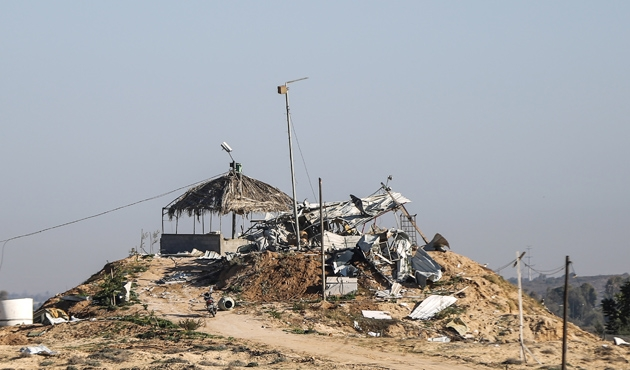 İsrail'in Gazze saldırısında 2 kule yerle bir oldu
