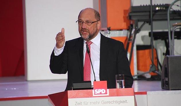 SPD Genel Başkanından 'büyük koalisyon' iddialarına tepki