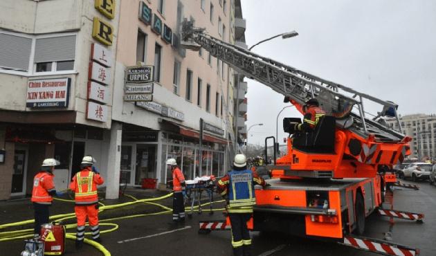 Almanya'da bir apartmanda çıkan yangında 4 ölü, 23 yaralı