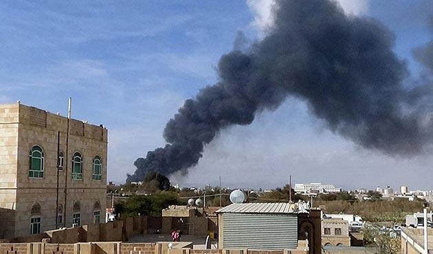 Koalisyon güçleri Yemen Cumhurbaşkanlığı Sarayı'nı vurdu