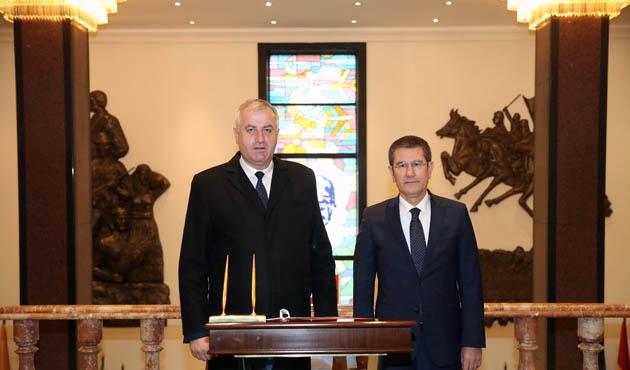 Canikli, Kosova Güvenlik Kuvvetleri Bakanı ile görüştü