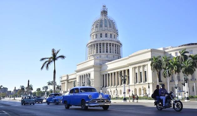 Küba'daki diplomatların 'beyinlerinde anormallik' iddiası