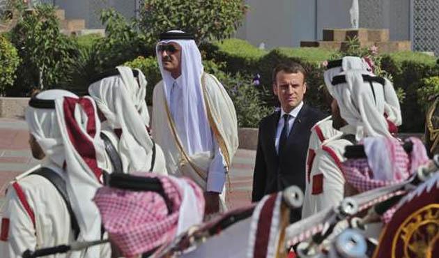 Fransa Cumhurbaşkanı Macron Katar'da